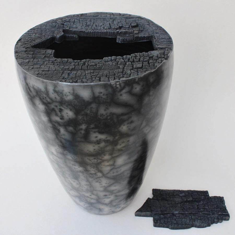 Dosen- oder Vasenobjekt Naked Raku Keramik