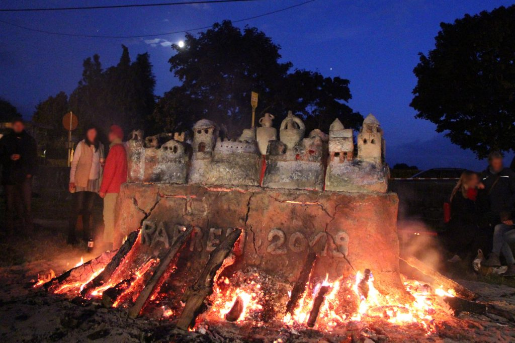 Feuerskulptur Keramikmarkt Raeren 2019