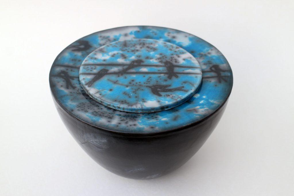 Cyanotypie auf Raku Keramik, Schwalben