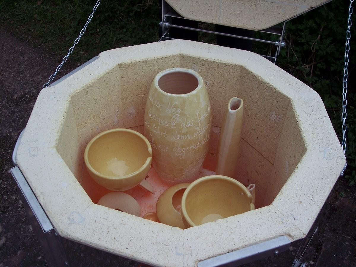raku brand naked raku keramik gef e f r dinge gedanken und gef hle. Black Bedroom Furniture Sets. Home Design Ideas